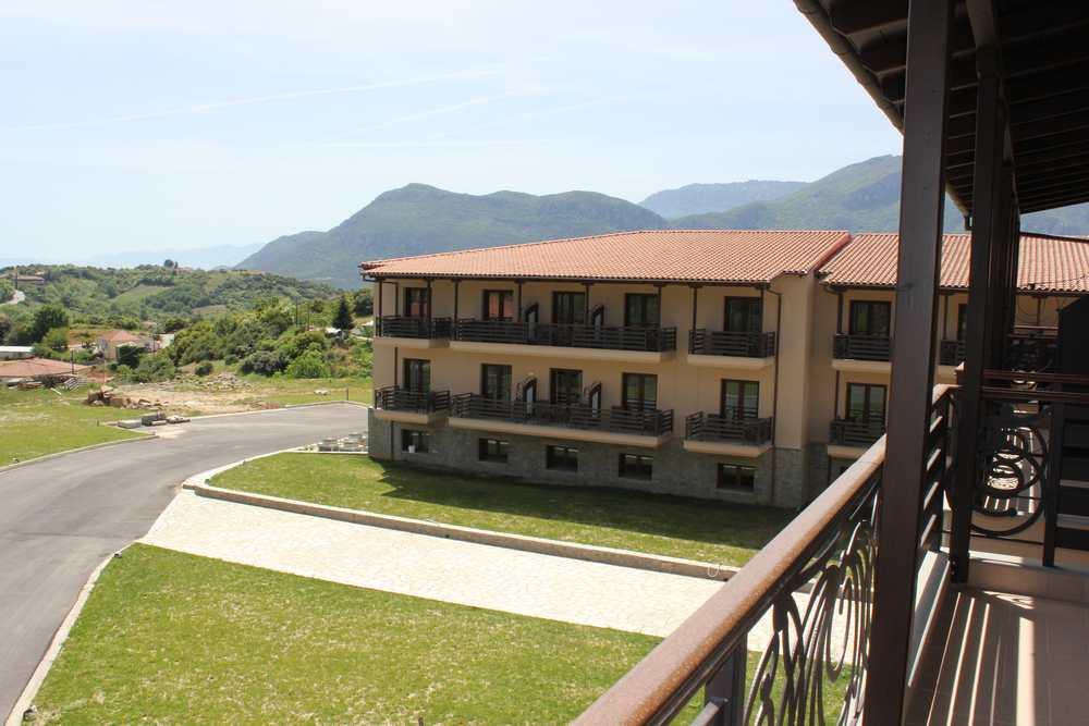 Grand Meteora Hotel Certs It